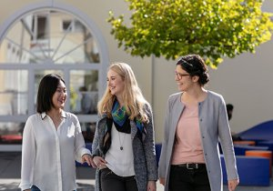 MBA that empowers Women in leadership roles